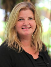 Suzanne Praught